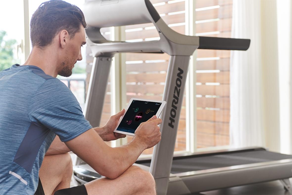 ออกกำลังกายด้วยลู่วิ่งไฟฟ้าอย่างไรให้ถูกวิธี ลดบาดเจ็บและลดน้ำหนักได้ดี